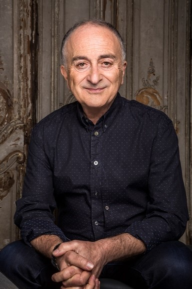 Blackadder star and Time Team presenter Tony Robinson will appear at Reading's first book festival