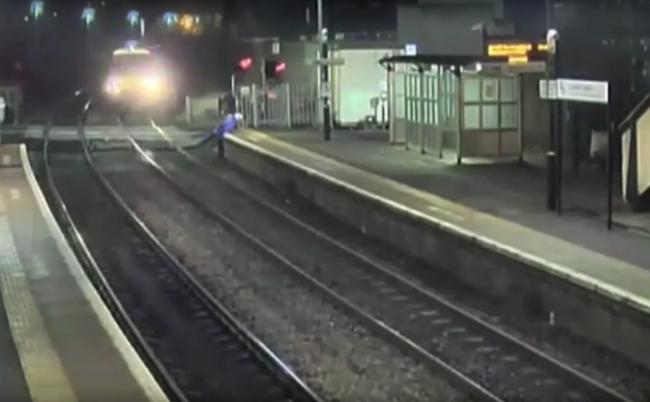 WATCH: This is why you shouldn't risk your life on the rail line